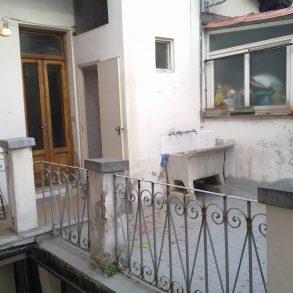 Appartamento con ampia terrazza in centro storico