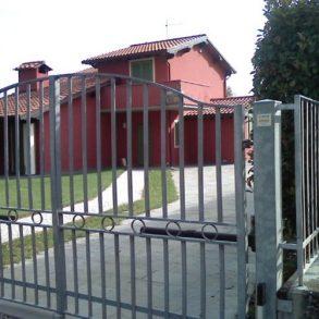 Monte San Quirico villa singola al grezzo