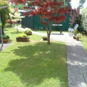 Villa di ampia metratura con grande giardino