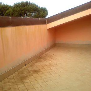 Attico con 2 grandi terrazze e cantina classe A