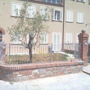 2 porzioni di rustico con giardino a lammari