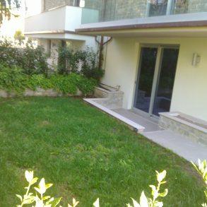 Appartamento con giardino vicinissimo al centro