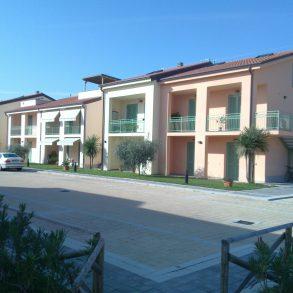 Appartamento nuovo con grande cantina e giardino