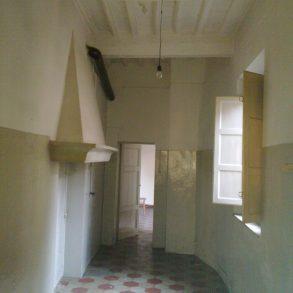 Appartamento con ascensore, balcone e cantina