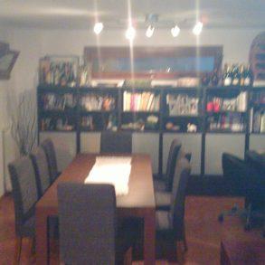 Appartamento con taverna e giardino privato