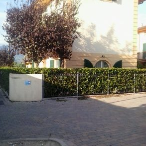 Villa singola con ampia mansarda e giardino