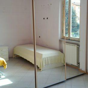 Appartamento in quadrifamiliare con 2 balconi e cantina