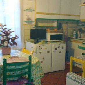 Grande appartamento indipendente con giardino privato