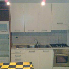 Appartamento con terreno recintato privato di 100mq