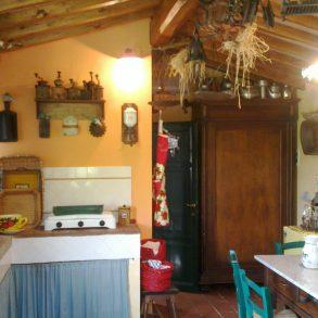 Cottage indipendente con terreno di 4.000 mq