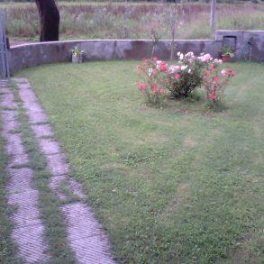 Villa singola con giardino privato sui 4 lati