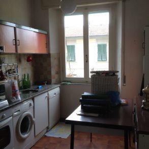 Appartamento con 3 camere, balcone e cantina
