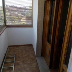 Appartamento con 3 camere e 2 balconi vicino centro storico