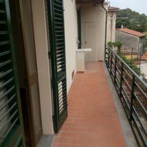 Grande appartamento con balcone a 2 passi dalle mura