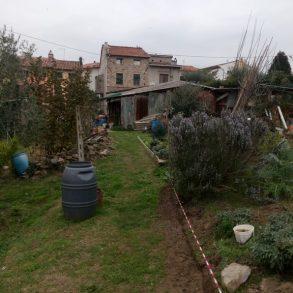 Terratetto di 160 mq con ampio giardino e capanne