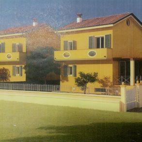 Villa singola con taverna e giardino