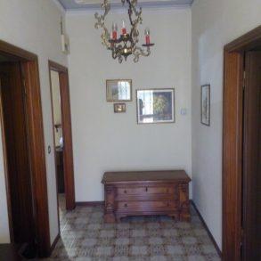 Villa singola arredata, con giardino