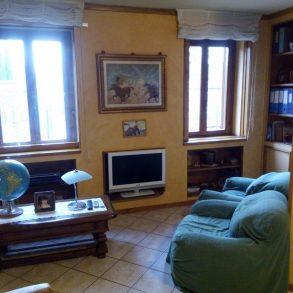 Appartamento in villa singola con giardino privato