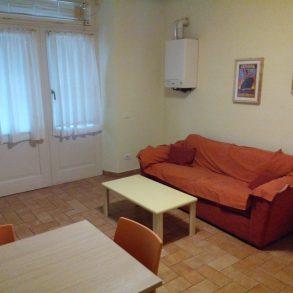 Appartamento con ingresso indipendente vicino Mura