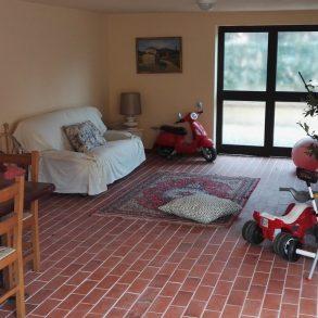 Villa singola con 2 appartamenti indipendenti