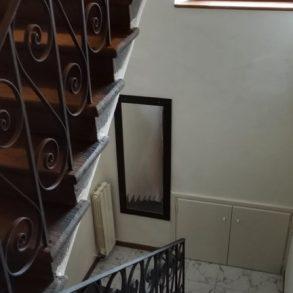 Terratetto su 3 piani semiarredato