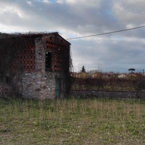Casa colonica di ampie dimensioni vicino centro