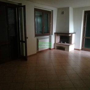 Appartamento in bifamiliare con 2 grandi terrazze e garage