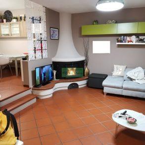Villa a schiera con taverna giardino e garage