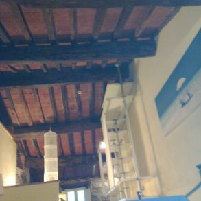 Terratetto ben ristrutturato e arredato ikea