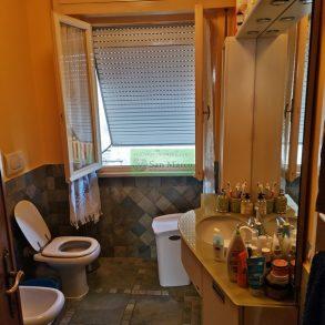 Appartamento con 3 ampie camere e garage