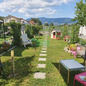 Terra tetto ben ristrutturato con giardino privato